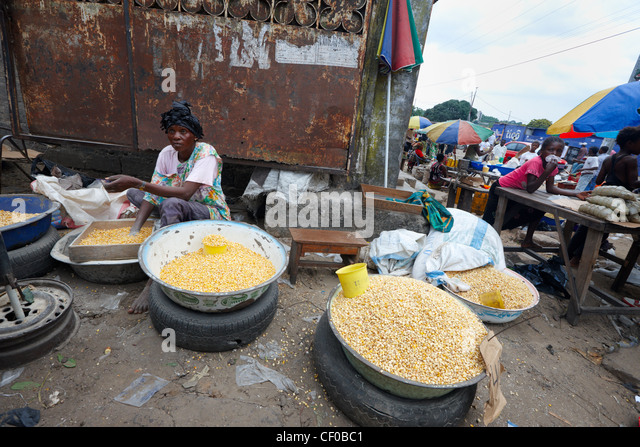 Food Market, Kinshasa, Democratic Republic of Congo, Africa - Stock Image