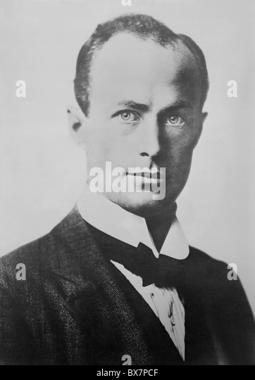 Vintage portrait photo circa 1910s of Antarctic explorer and geologist Sir Douglas Mawson (1882 - 1958). - Stock Image