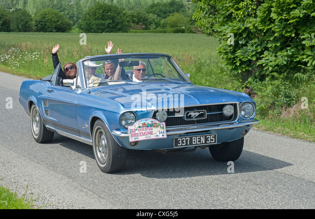 ford mustang 2012 stock photos ford mustang 2012 stock images alamy. Black Bedroom Furniture Sets. Home Design Ideas