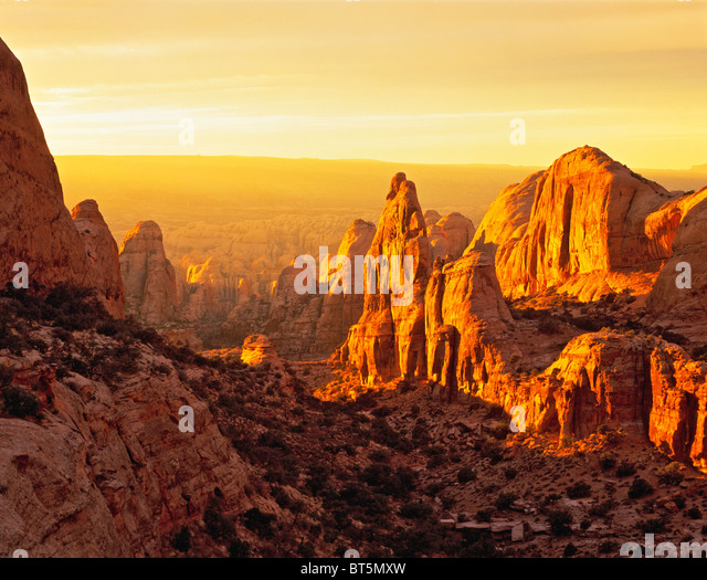 Sunset in Behind the Rocks, Wilderness Study Area, Utah - Stock-Bilder