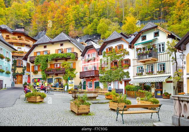 Colorful houses, Hallstatt village, Salzkammergut, Austria - Stock-Bilder