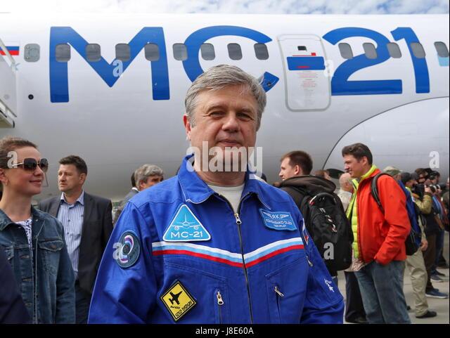 Irkutsk, Russia. 28th May, 2017. Test pilot Oleg Kononenko loos on after testing a new Russian-made Irkut MC-21 - Stock Image