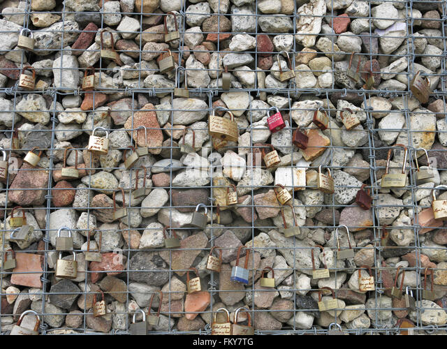 Gabion in the former BP site at Waverton, Sydney, Colour - Stock Image