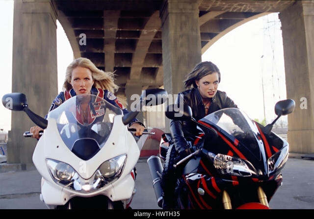 TORQUE 2004 Warner Bros film with from left: Monet Mazur and Jaime Pressly - Stock-Bilder