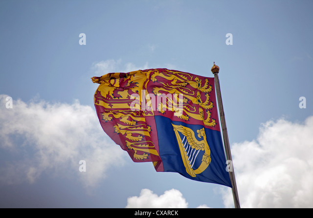 The Royal Standard flying above Buckingham Palace, Trooping the Colour ceremony, London - Stock Image