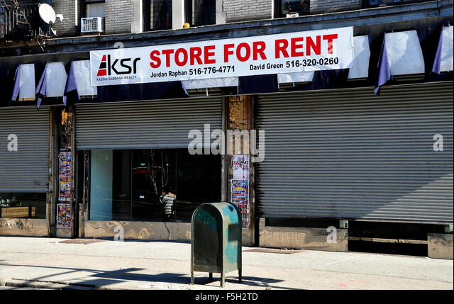 New york city store rent stock photos new york city for Rent new york city