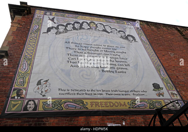 Belfast Falls Rd Republican Mural for Bobby Sands MP Poem. Ten Brave 1981 Hunger Strikers. Freedom - Stock Image