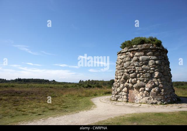 the memorial cairn on Culloden moor battlefield site highlands scotland - Stock Image