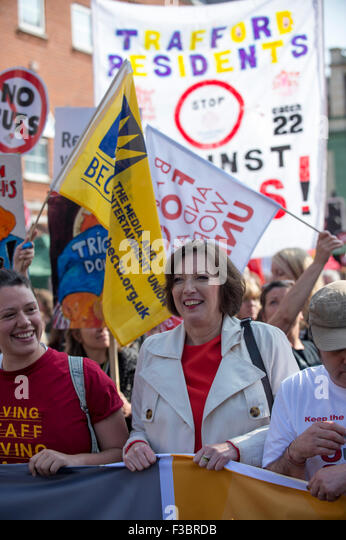 Manchester, UK. 4th October, 2015. TUC National Rally and March, Manchester, UK. Francis O'Grady, General Secretay - Stock Image