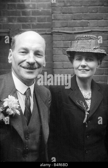 Mr Clement Attlee after Labours election victory 1945 seen here with his wife July 1945 - Stock Image