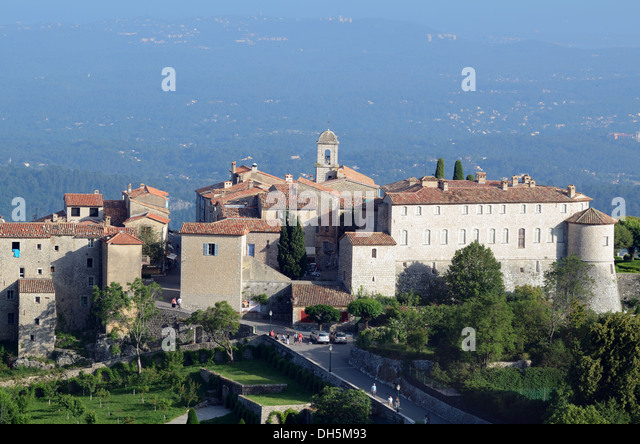 View of Perched Village of Gourdon Alpes-Maritimes France - Stock Image