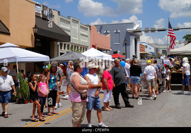 Florida Brooksville Florida Blueberry Festival annual event Main Street renovated historic buildings - Stock Image
