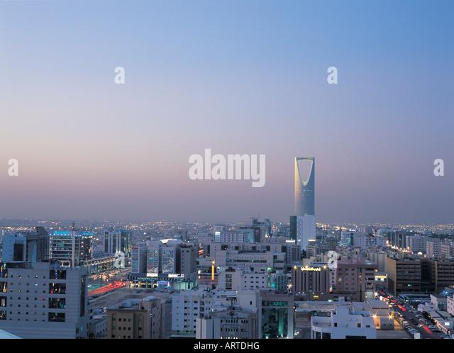 City of Riyadh with Al Mamlakah (Kingdom) Tower, Saudi Arabia - Stock Image