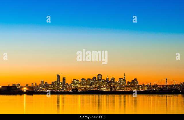 San Francisco skyline. Colorful sunset. - Stock Image