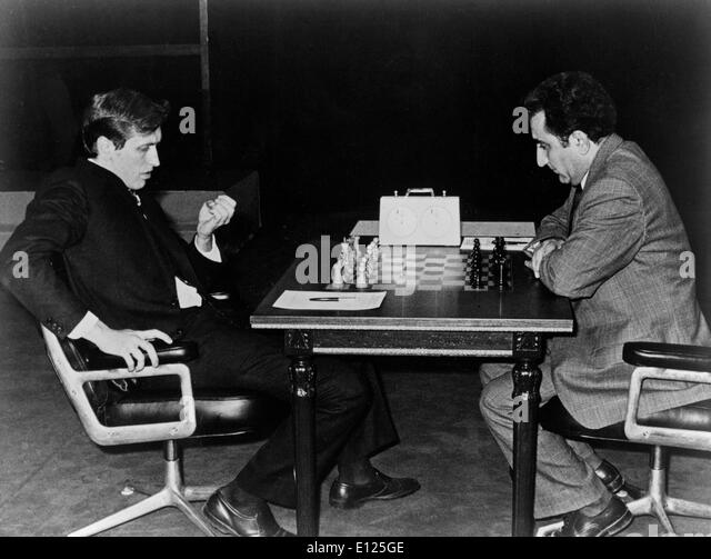 Jul 16, 2004; Buenos Aires, ARGENTINA; (File Photo 9/30/1971) Former world chess champion BOBBY FISCHER of the United - Stock Image