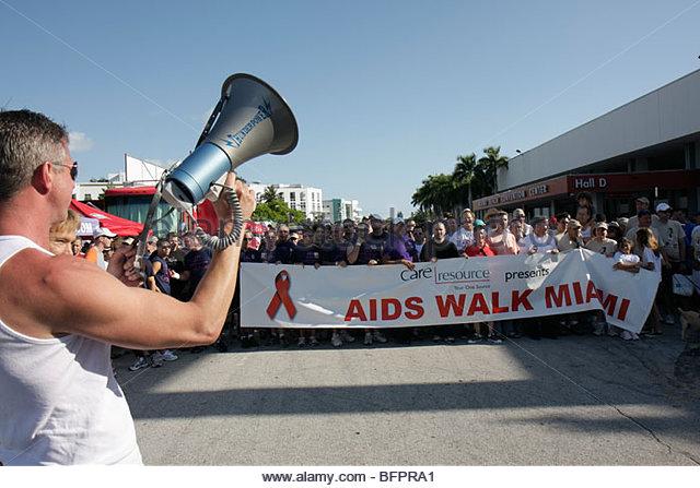 Miami Beach Florida AIDS Walk Miami Care Resource HIV epidemic community resource benefit fundraiser volunteer starting - Stock Image