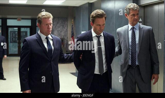 PATRICK J. ADAMS SUITS : SEASON 5 (2015) - Stock Image