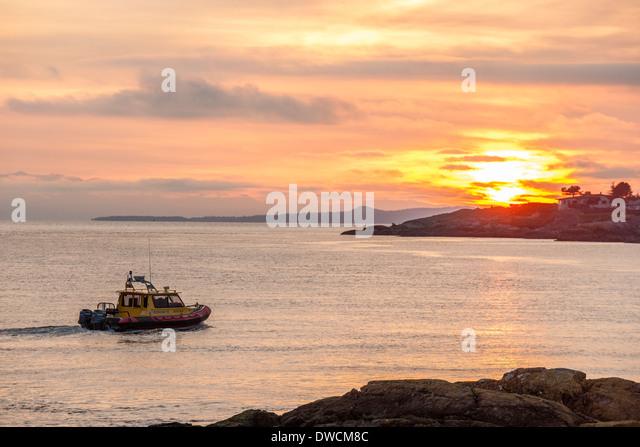 West Marine - Boat Parts, Sailing, Kayaks, Paddleboards ...