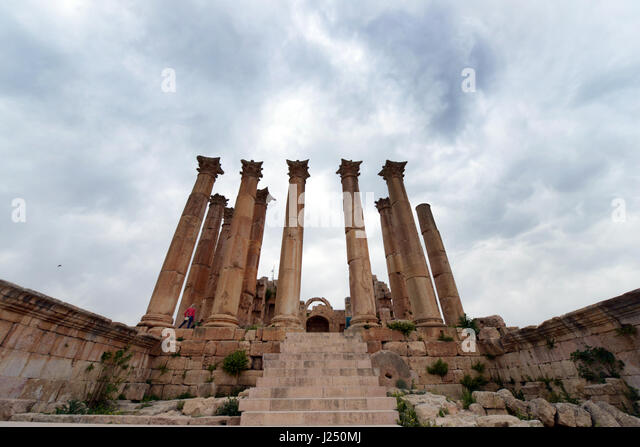 The temple of Artemis in the ancient Roman city of Jerash in Jordan. - Stock Image