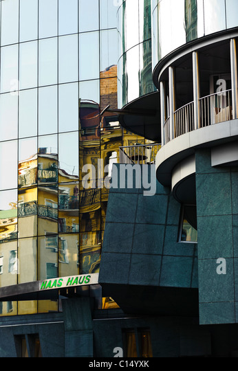 Haas Haus facade Vienna, Austria - Stock-Bilder