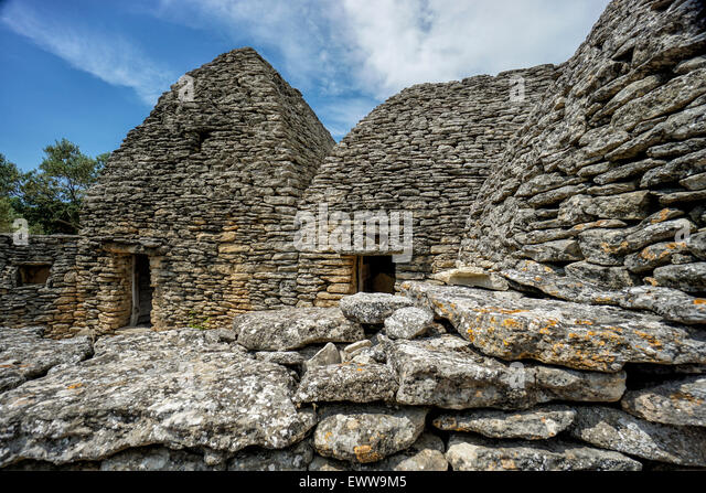 Stone Hut, Le Village des Bories, Open Air Museum near Gordes, Provence, France - Stock Image