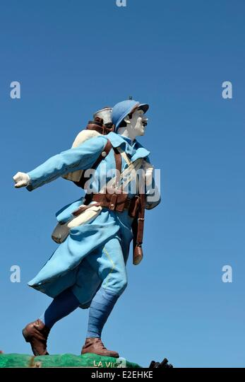 France, Territoire de Belfort, Lachapelle sous Rougemont, memorial statue Poilu soldier of the First World War - Stock Image