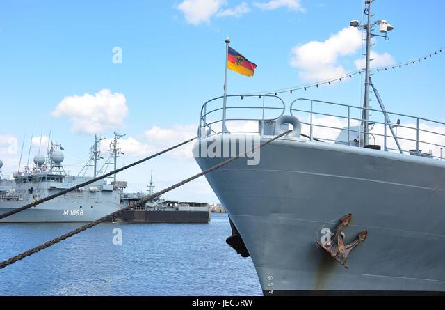 Naval Ship Stock Photos Amp Naval Ship Stock Images Alamy
