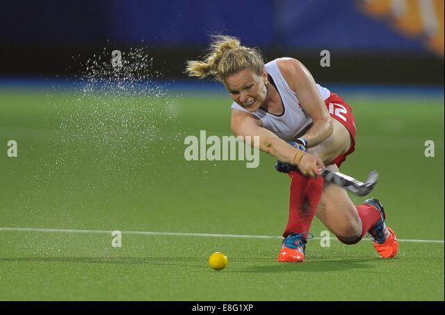 Holie Webb (ENG). Australia (AUS) v England (ENG). Womens gold medal match. Hockey. Glasgow national hockey centre, - Stock Image