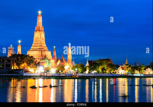 Wat Arun at Twilight - Stock Image