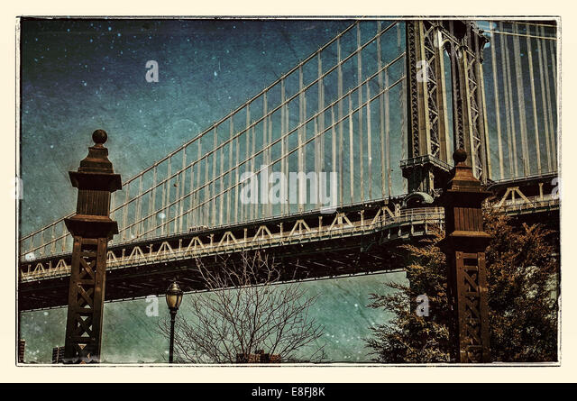 USA, New York City, Lower East Side, View of Manhattan Bridge - Stock Image