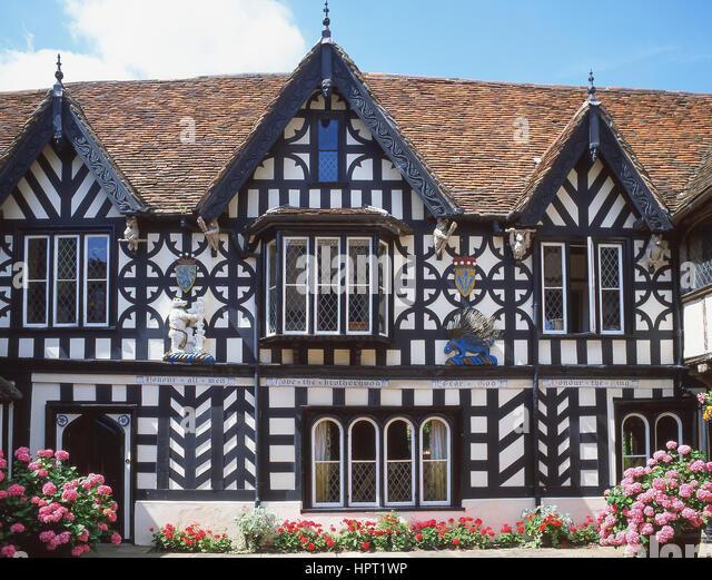 The Courtyard of 16th century Lord Leycester Hospital, High Street, Warwick, Warwickshire, England, United Kingdom - Stock Image