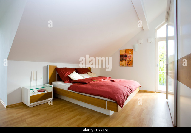 kleiderschrank stock photos kleiderschrank stock images. Black Bedroom Furniture Sets. Home Design Ideas