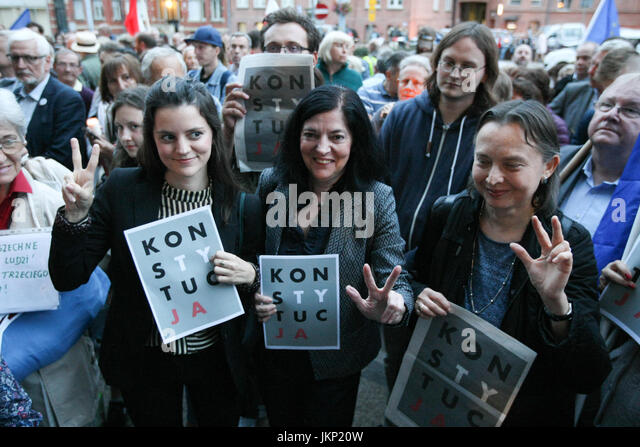 Gdansk, Poland. 24th July, 2017. Protesters in front of Gdansk Regional Court are seen in Gdansk, Poland on 24 July - Stock Image