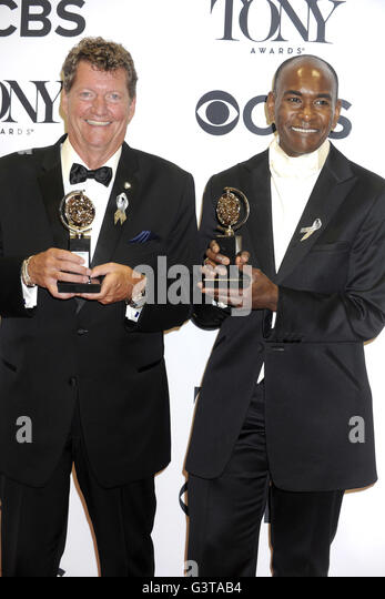 Howell Binkley and Paul Tazewell at the 70th Annual Tony Awards at Beacon Theatre on June 12, 2016 in New York City. - Stock Image