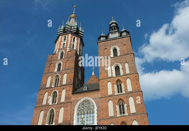 The tower of St Mary's Basilica, Main Market Square (Rynek Główny), Old Town, Krakow, Poland, Central/Eastern - Stock Image