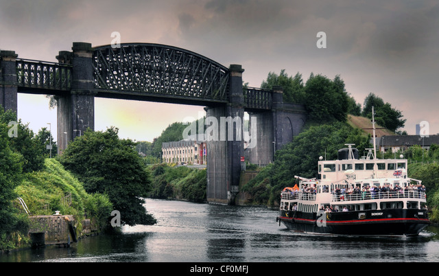 Snowdrop Mersey Ferry approaching Latchford locks on the Manchester Ship Canal, Warrington, Cheshire, England UK - Stock Image