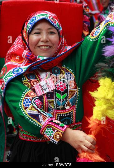 Germany Berlin Carnival of Cultures Peruvian woman in traditional dress - Stock-Bilder