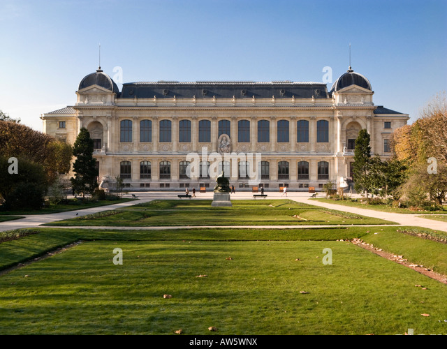 Jardin des plantes stock photos jardin des plantes stock for Plus grand jardin de paris