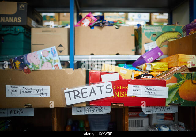 Inside the Mid Cheshire Food Bank in Winford - Stock Image