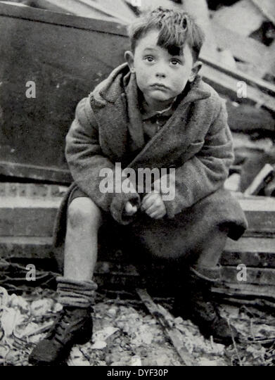 An orphaned child after surviving the Blitz on London. - Stock Image