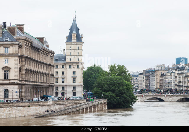 Flood, ile de la cite, Paris, 2016 - Stock Image