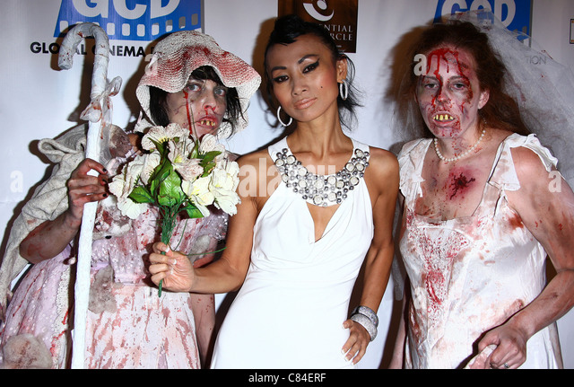 BAI LING & ZOMBIES THE DEAD. LOS ANGELES PREMIERE. LOS ANGELES CALIFORNIA USA 04 October 2011 - Stock Image