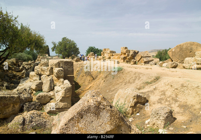 sicily island dating site Sicily is full of  selinunte has eight greek temples dating as far  with architecture and decorations reflecting almost every wave of conquest in the island's.