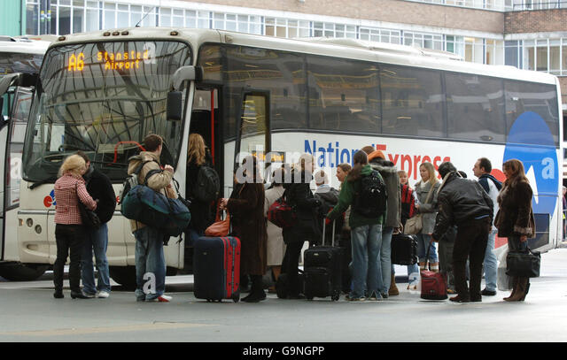national rail stop ghtrwtm heathrow terminal station