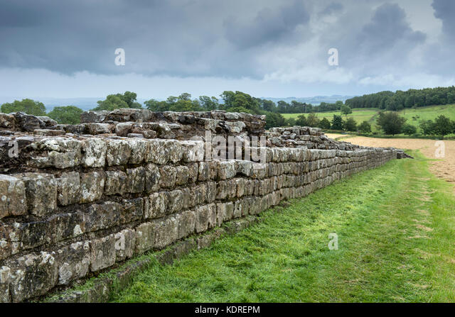 Hadrian's Wall in Northumberland, England, UK - Stock Image