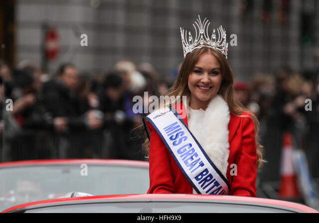 London, UK. 1st January 2017. Miss Great Britain, Ursula Carlton  smiles at the crowds during the New Year's - Stock Image