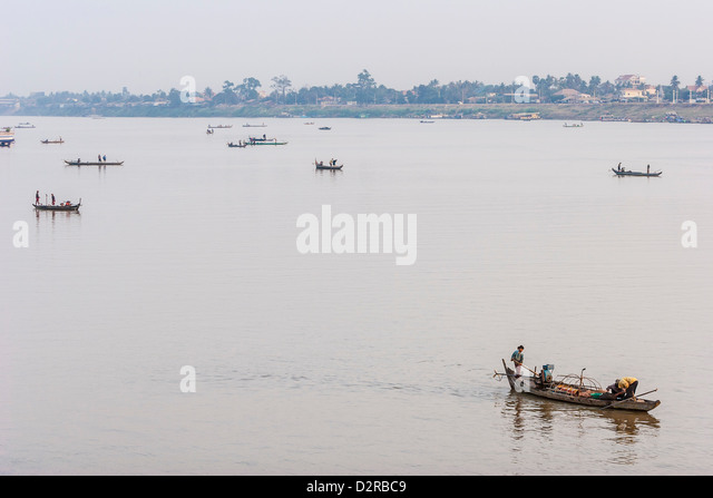 Fishermen at sunrise, Tonle Sap River, Phnom Penh, Cambodia, Indochina, Southeast Asia, Asia - Stock Image