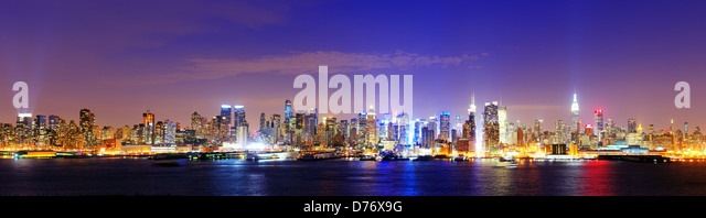 New York city famed skyline at Midtown Manhattan - Stock Image