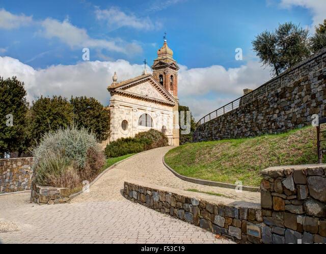 Europe, Italy, Tuscany, Montalcino.  The Madonna del Soccorso church in the town of Montalcino. - Stock-Bilder