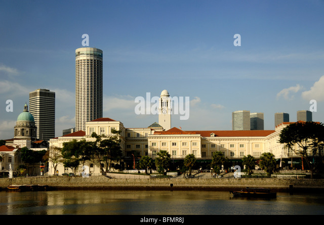 Asian Civilization Museum, in former Empress Place Building (1865), and Singapore River, Colonial District, Singapore - Stock Image